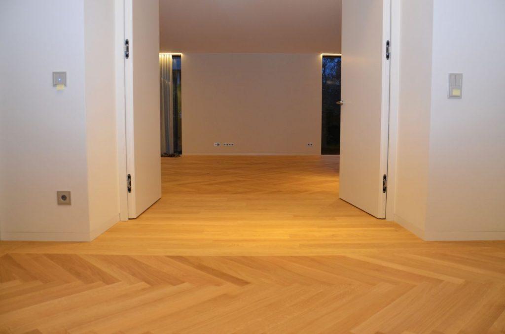 feinstes parkett verlegt in einer villa in darmstadt. Black Bedroom Furniture Sets. Home Design Ideas